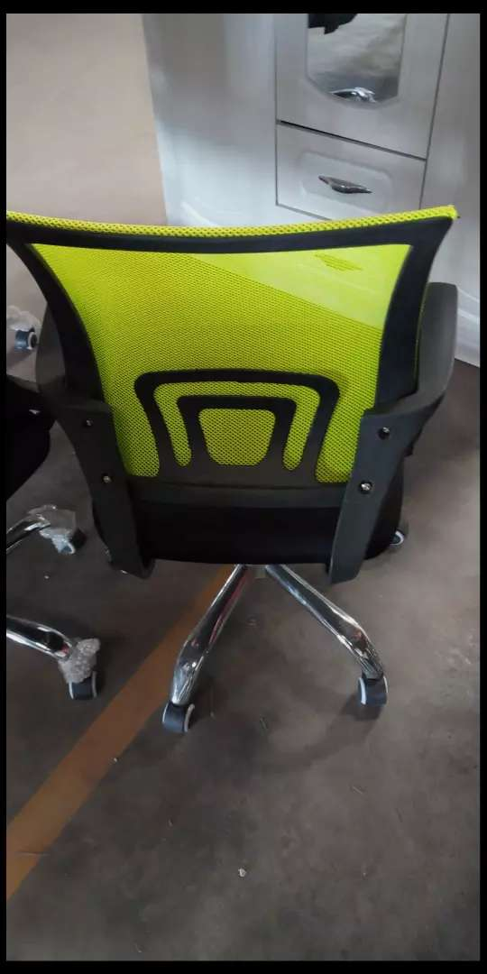 Office chair i 0