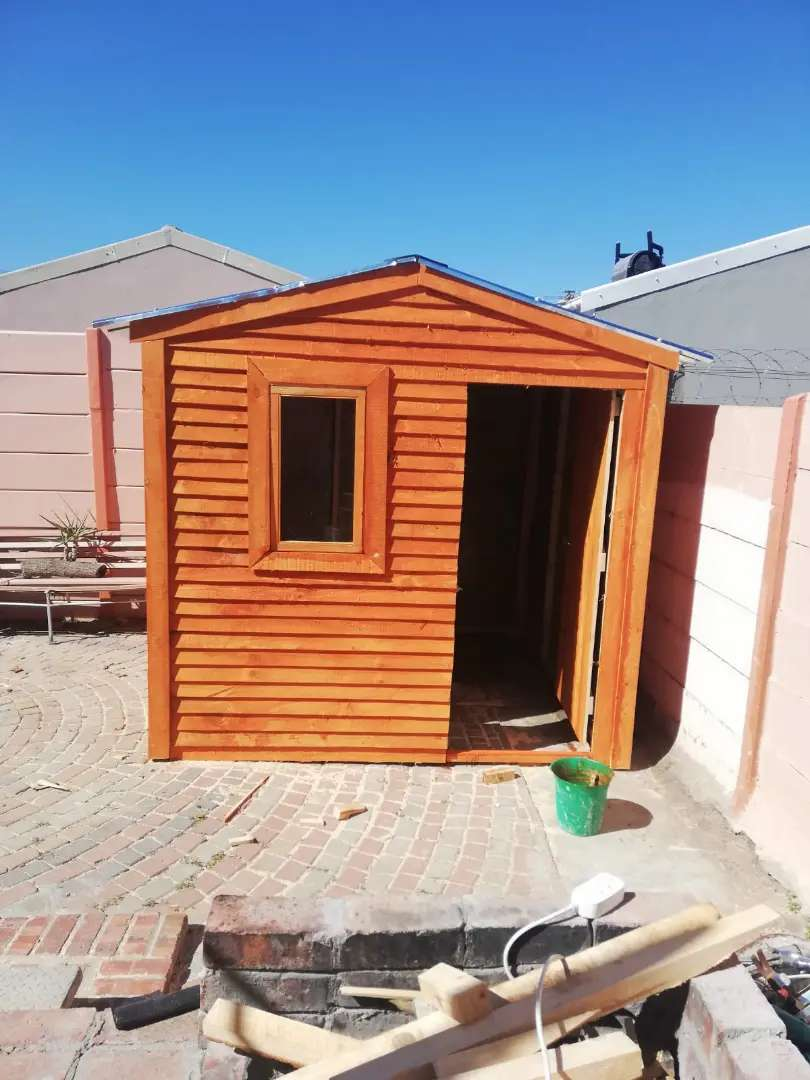 Nutec and wendy house for sell