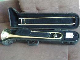 Продается тромбон Bach TB-300 с мундштуком и оригинальным кофром.