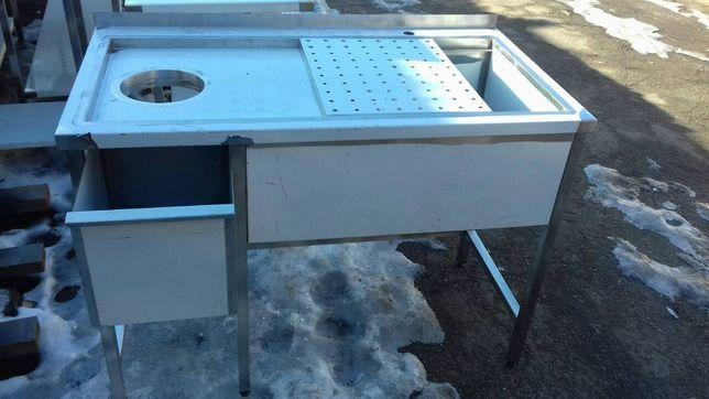стол для разделки (обработки) рыбы из нержавеющей стали.
