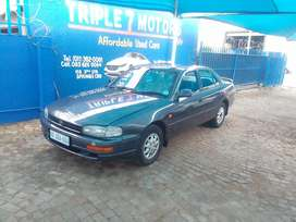 Toyota Camry 220i Automatic