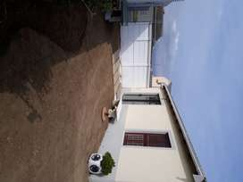 5 min to Somerset Mall, beach or Golf Course