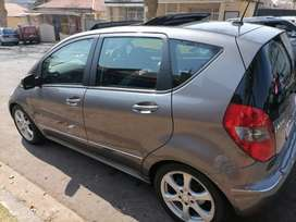 MERCEDES BENZ A180WITH SUN ROOF AND SERVICE BOOK