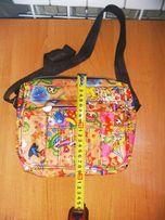 Яркая детская сумка /сумочка для девочки отличное состояние недорого!