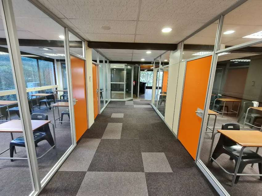 Office Space to let in Morningside, Durban R80/m².