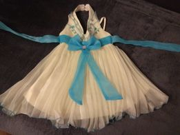 Przepiękna sukieneczka dla dziewczynki
