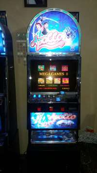 Image of Coin Operated Casino Machine R7500