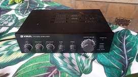 Music amp for sale in good condition