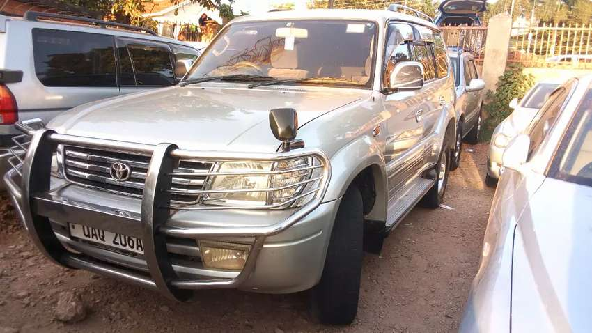 Land cruiser Prado TX 2000 model, petrol 0
