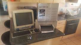 I Mac Computer with keybord and C D Writer