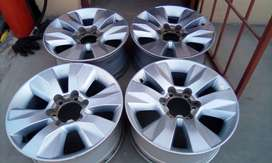 """17"""" Toyota hilux/fortuner mags to use for spare wheel for R1250 each."""