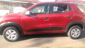 RENAULT KWID WITH SERVICE BOOK IN EXCELLENT CONDITION