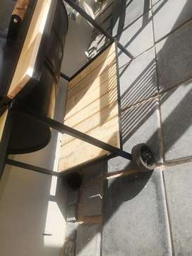 Smoker and braai stands