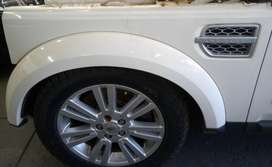Land Rover Used Spares - Discovery 4 Fender for sale