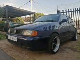 VW POLO PLAYA 1.8I FOR SALE!