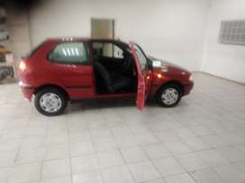 RED FIAT PALIO 1.2MPI HATCH BACK