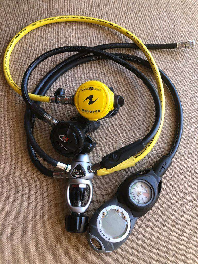 Aqualung Scuba Diving Set 0