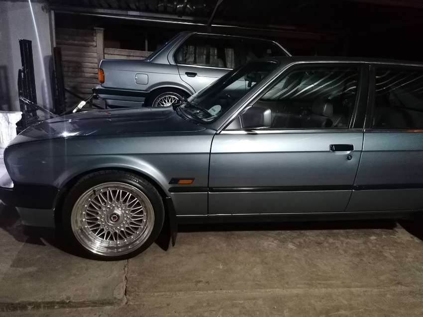 Looking for a clean e30 shell