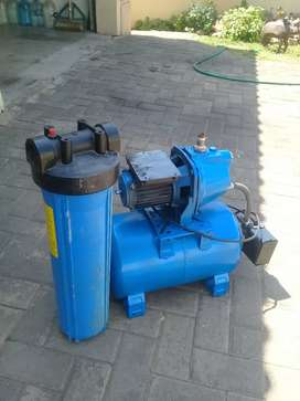 Speroni water pump with filter