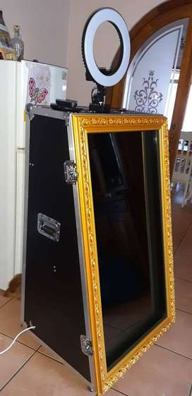 Mirror Photo Booth for SALE