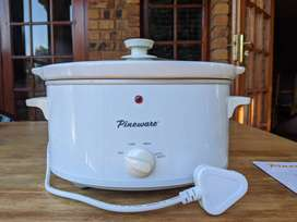 Pineware Slow Cooker 3.5L