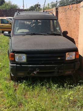 Land Rover Discovery V8i 1996 Stripping for Parts