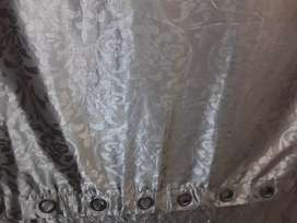 Curtains (Eyelet) in New condition - Gold floral