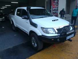 Toyota hilux for a low price and a good condition