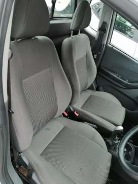 The car feautures radio, aircon nd power steering
