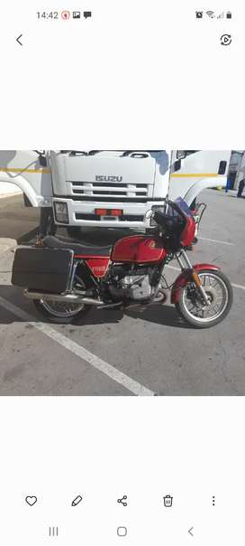 Bmw 1000 bocer. Excellent condition. Ready for  the road papers ready