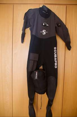 Scuba Pro dry suit Anchorage