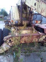 Koparko-ładowarka z żurawiem samojezdnym T174-2