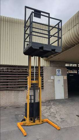 Hydraulic Forklift 2 Ton with Cage