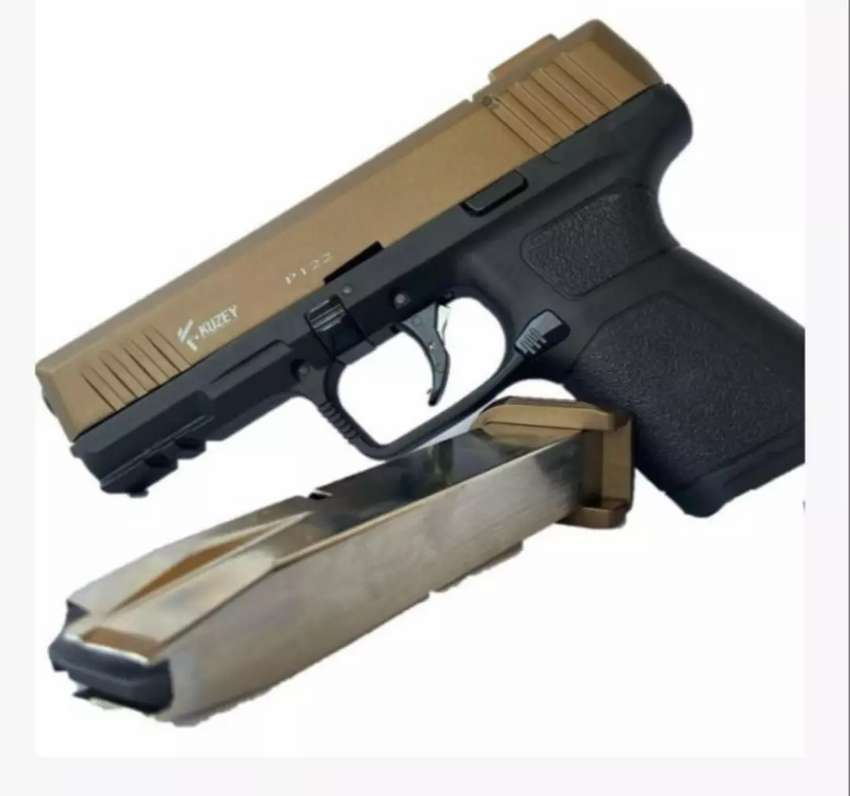 Blank gun with 10 rounds free