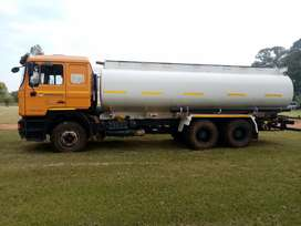 Water tanker for hire
