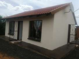HOUSE FOR SALE AT GOOD PRICE