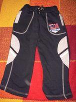 Спортивные штаны теплые 116 р.