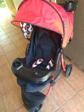 Bounce traditional stroller650