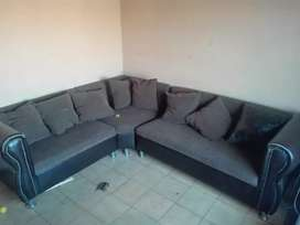 COUCH & WALL UNIT