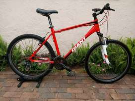 GIANT REVEL 3 26er LARGE FRAME MTB