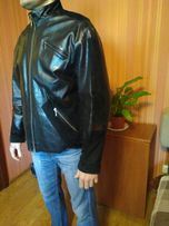 Продам кожаную осеннюю мужскую куртку 48 (L) р-р. Made in Italy.