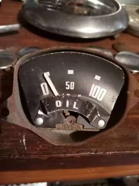 Oil gauge, for old vehicle