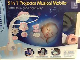 Продам в очень хорошем состоянии муз. мобиль Infantino 3 в 1 Розовый