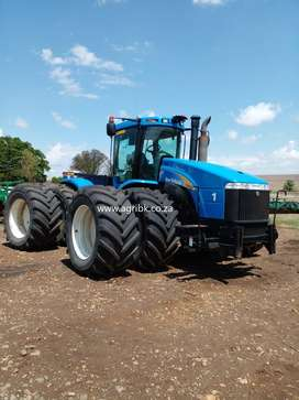 2013 New Holland T9040