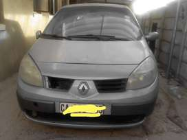 Renault scenic 2003 Grey in colour