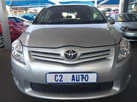 2012 Silver Toyota Auris 1.6 Engine