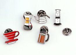 значки металлические - аэропресс, кемекс, фрэнч-пресс, пуровер (V60)