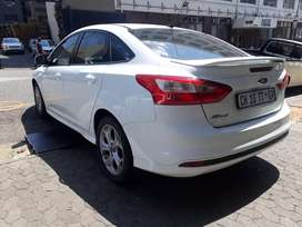 Ford  Focus  1.6 R 120.000 Negotiable