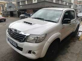 TOYOTA HILUX 3.0 D4D FOR SALE AT VERY GOOD PRICE