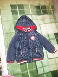 Куртка жилетка дитяча в гарному стані